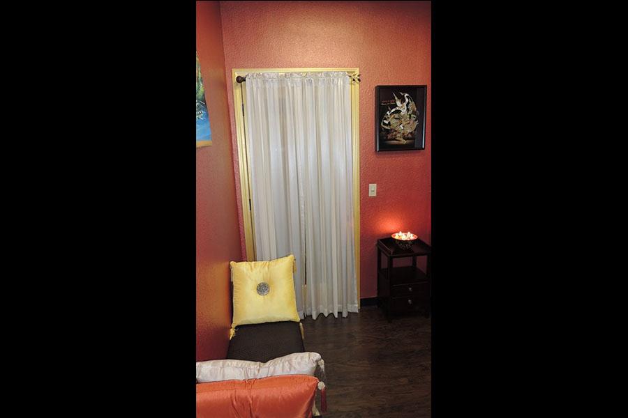california valley Asian fountain massage