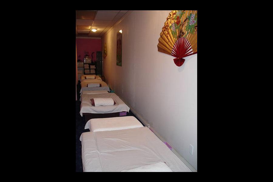 E Massage Spa