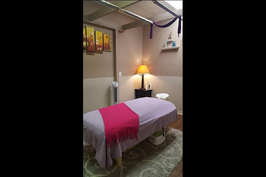 Kinnaree thai massage